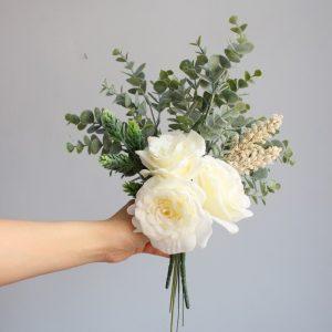 bó hoa hồng trắng nhân tạo